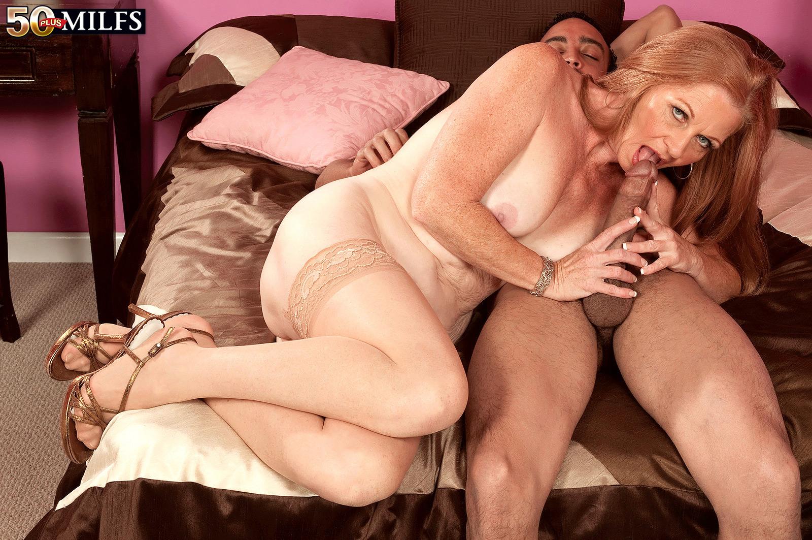 Секс с женщиной 50 лет