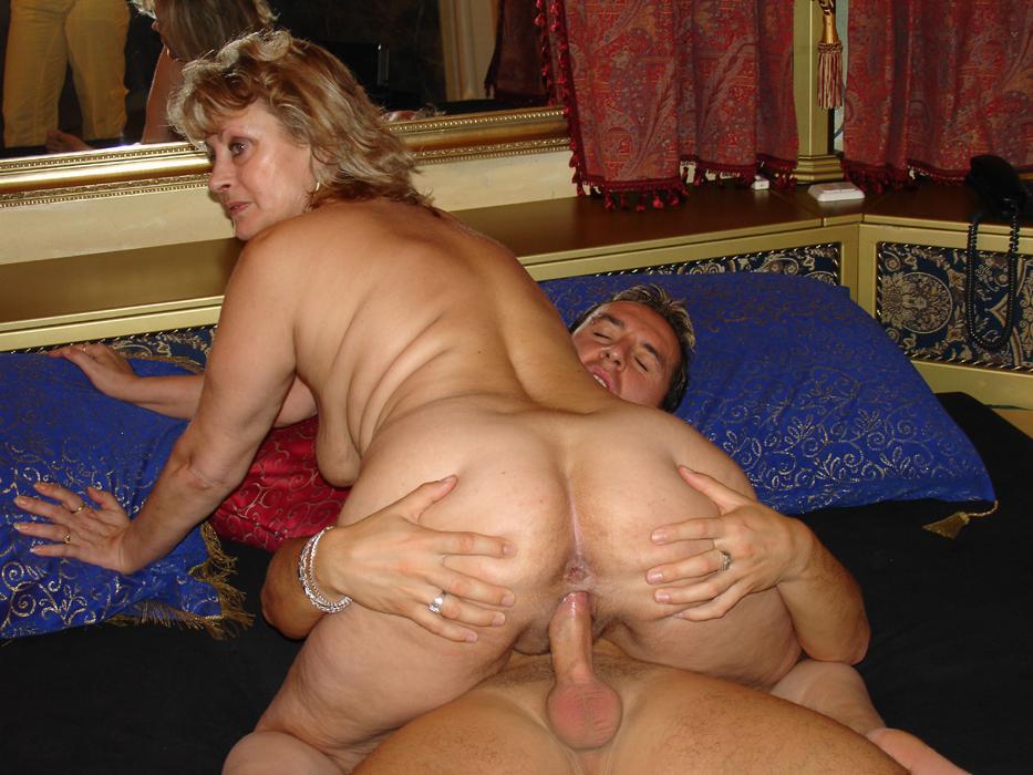 Порно зрелый фут фетиш фото