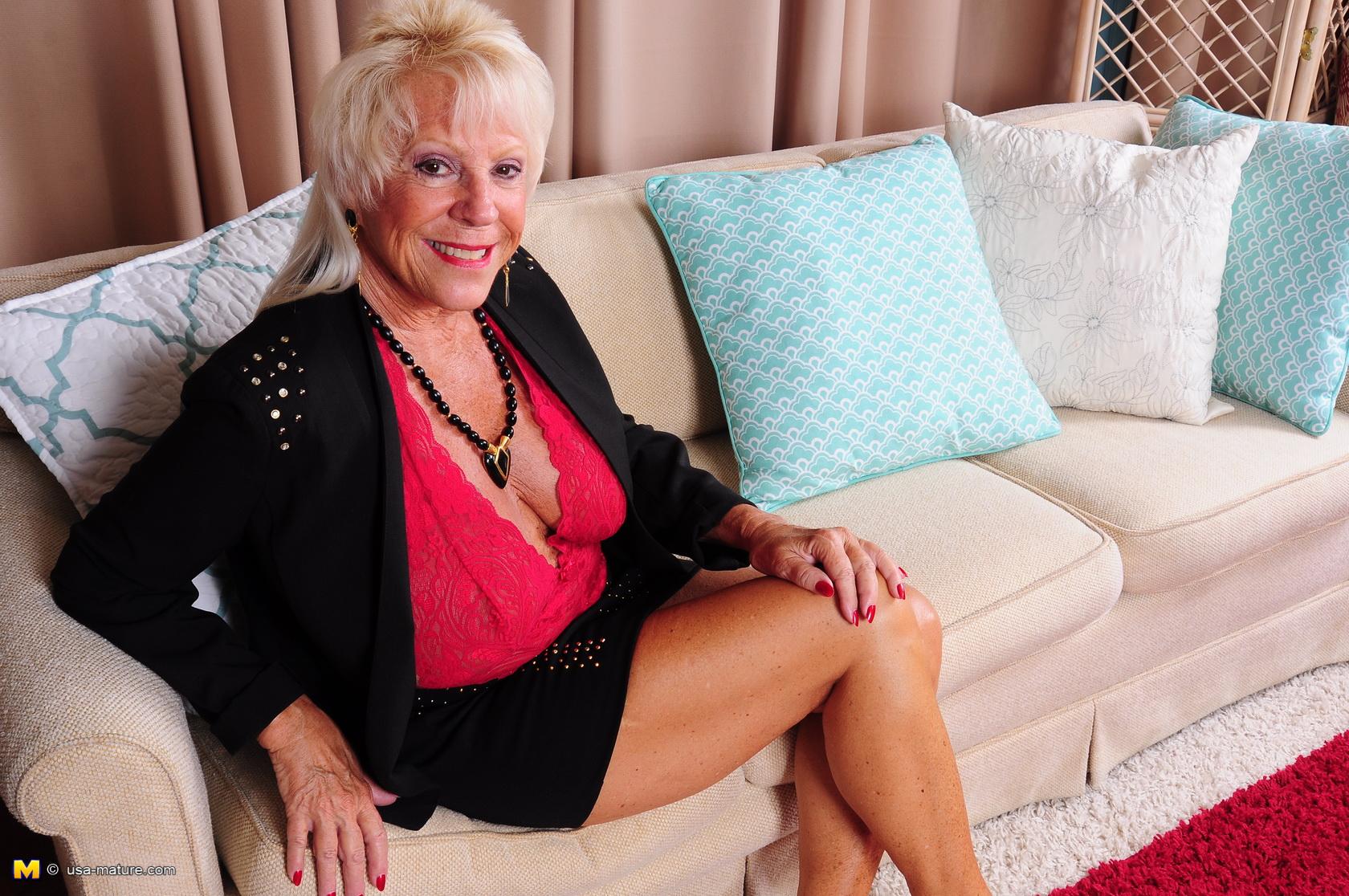 Снятый секс со зрелыми леди фото шары