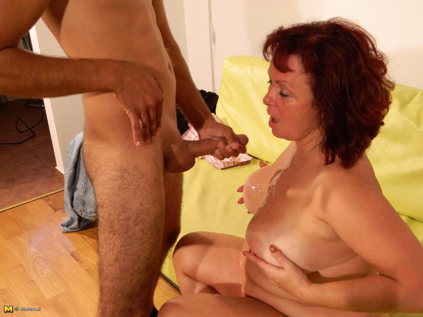 соседкой взрослой видео секс