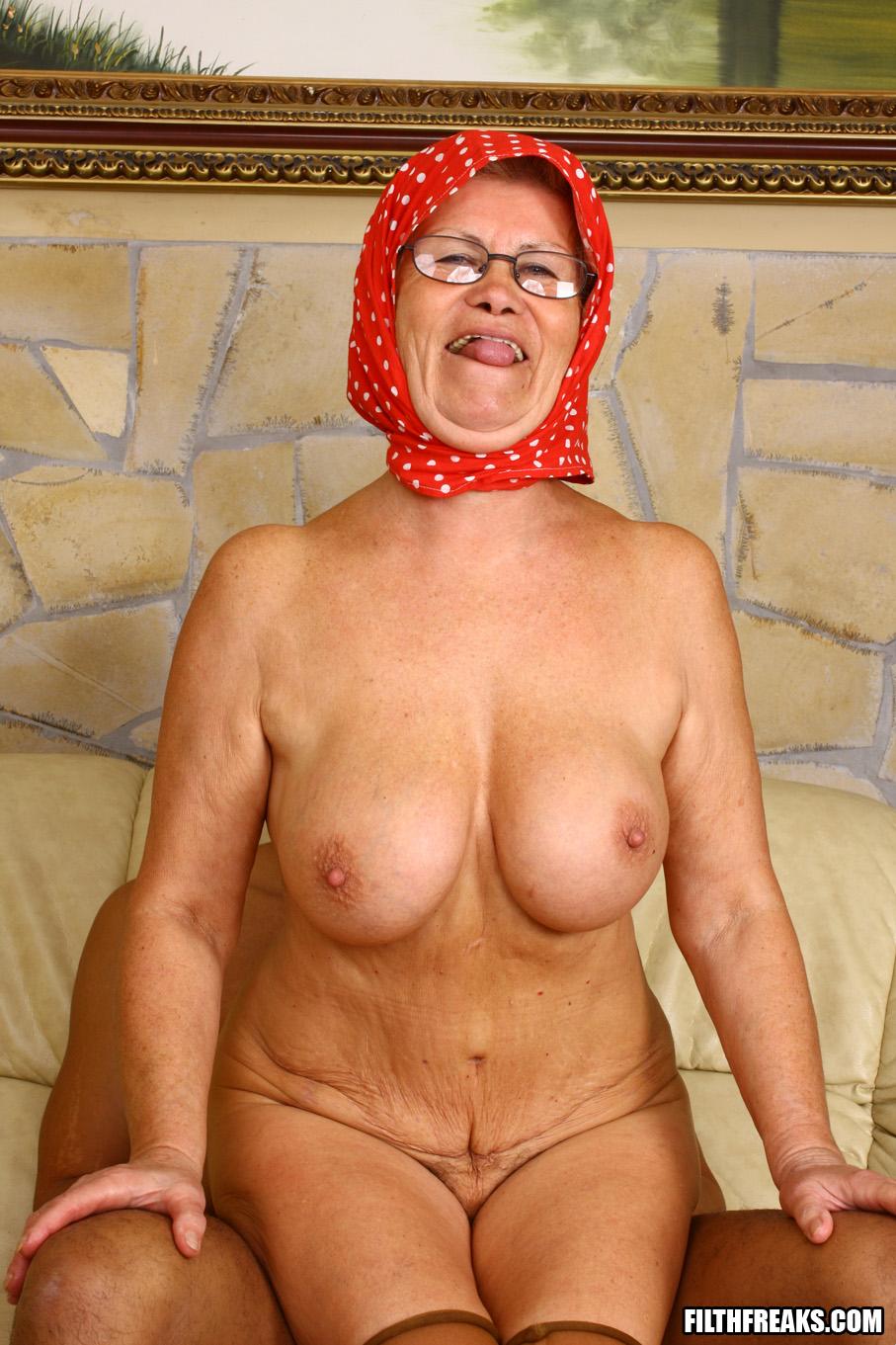 Хорошем голые бабушки за 70 информация